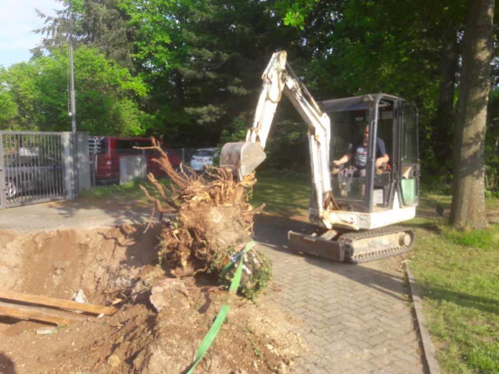 Die Baustelleneinfahrt wird vorbereitet