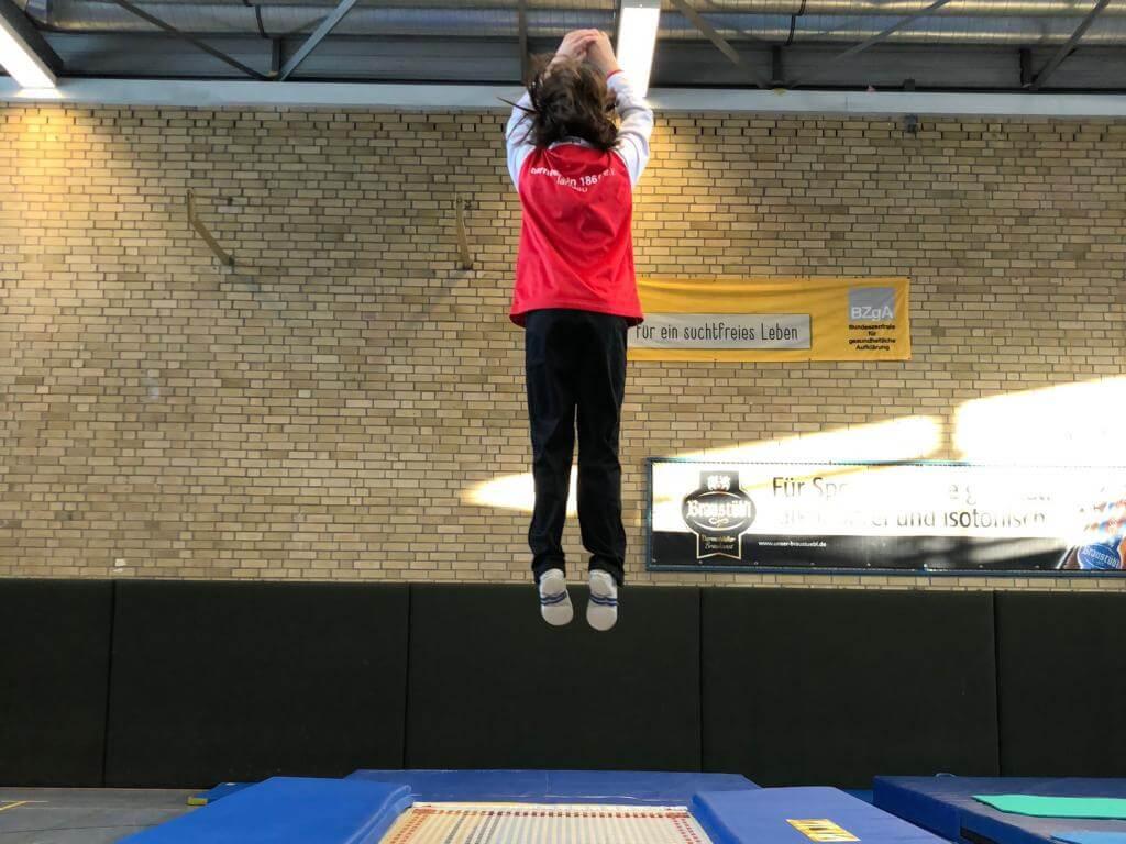 Tolle Leistungen der Trampoliner beim traditionellen Jahresabschluss in Darmstadt