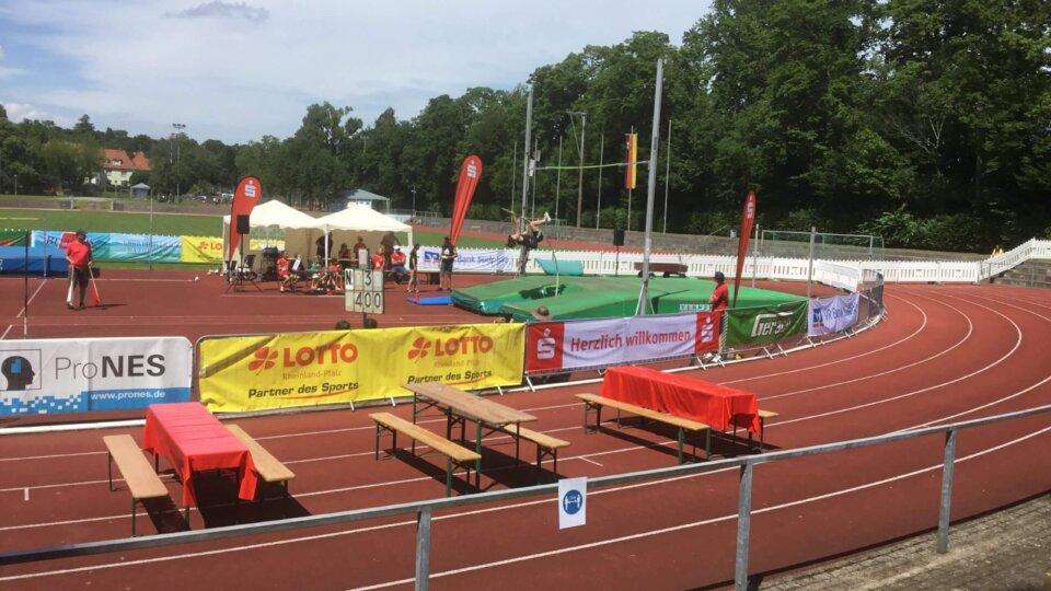 Eindrücke vom 23. Stabhochsprung-Meeting im Südpfalzstadion